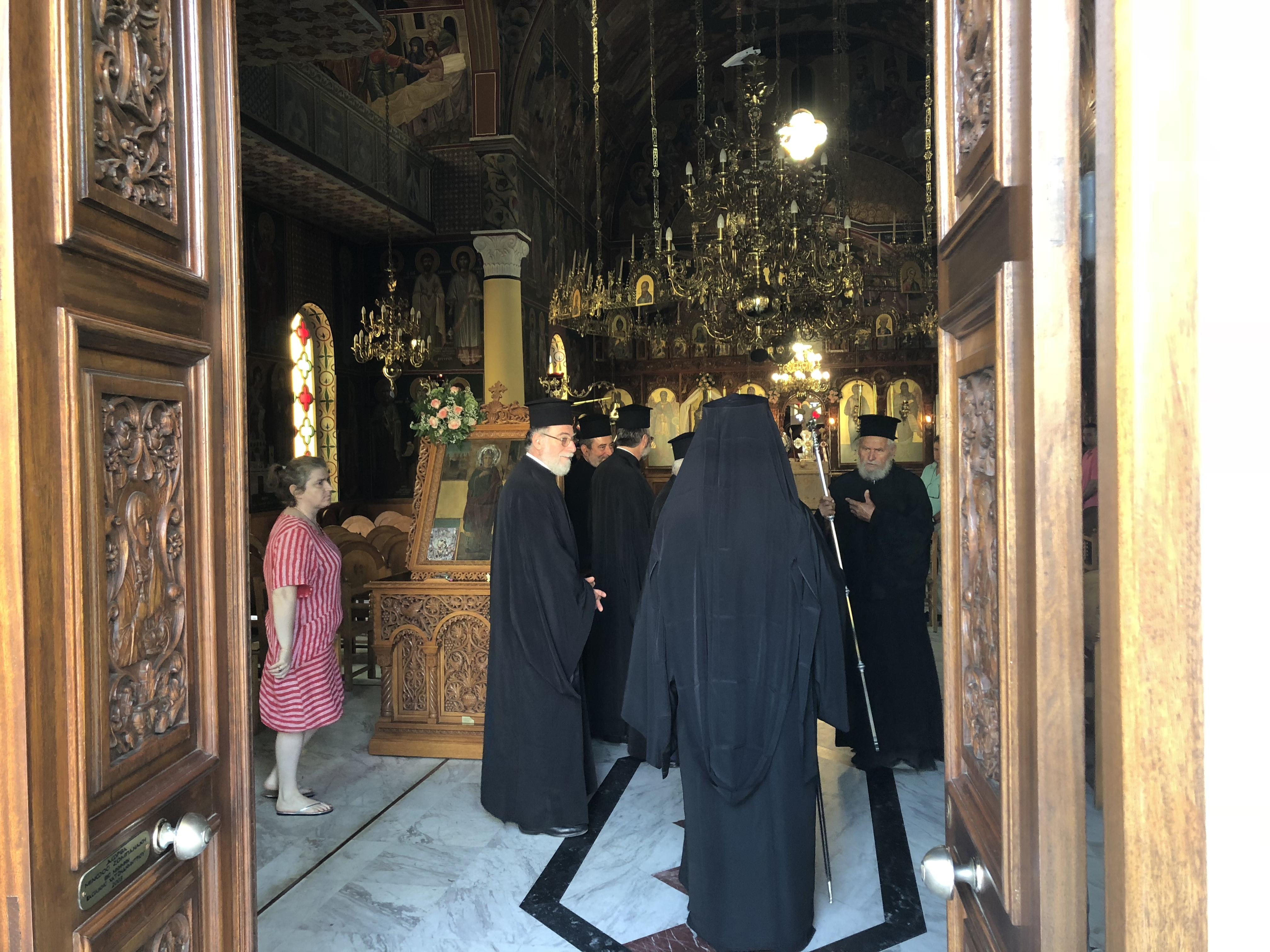 Ζωντανή σύνδεση με την Ενορία Αγίας Παρασκευής στις Καλύβες
